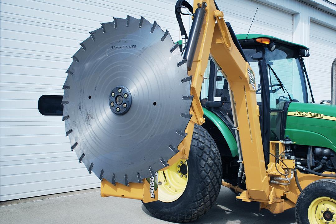 Wheel Loader Boom Attachments – Diamond Mowers®